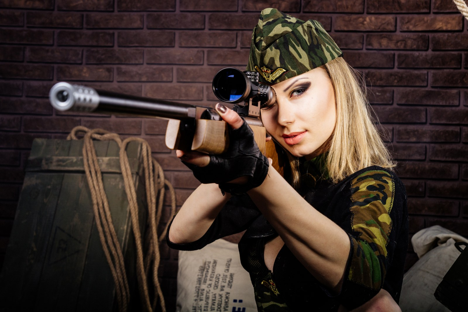 Gun Shooting Package 1 - 25 Bullets x Sig Sauer X5 9mm